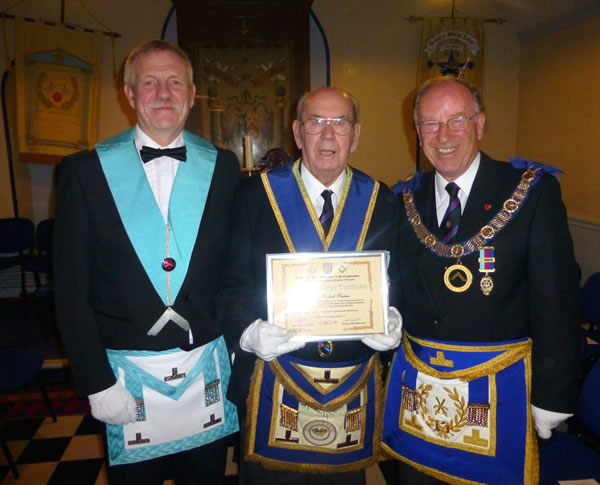 (l to r) WBro Mick Warren (Chicheley Lodge WM), WBro Sid Prowse & VWBro Dr Viv Thomas (DPGM)
