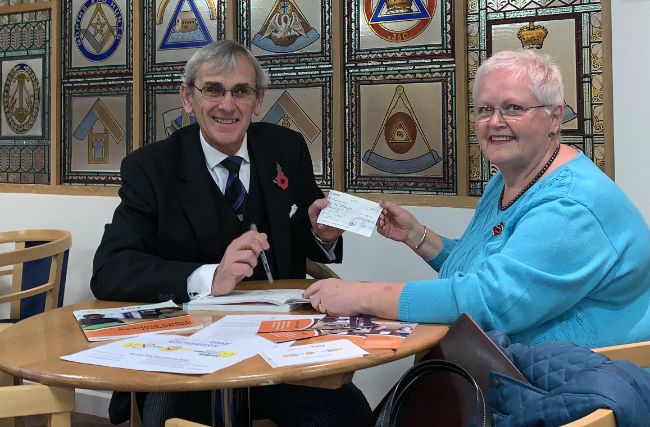 WBro Gerry Crawford making the presentation to Rosemary Taylor